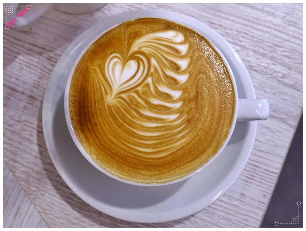 【Milkglider牛奶滑翔機 ⋈ 台北松山區 捷運中山國中站】二訪依舊迷人的拿鐵拉花,少女系彩紅千層回味無窮不限時咖啡廳 5.JPG