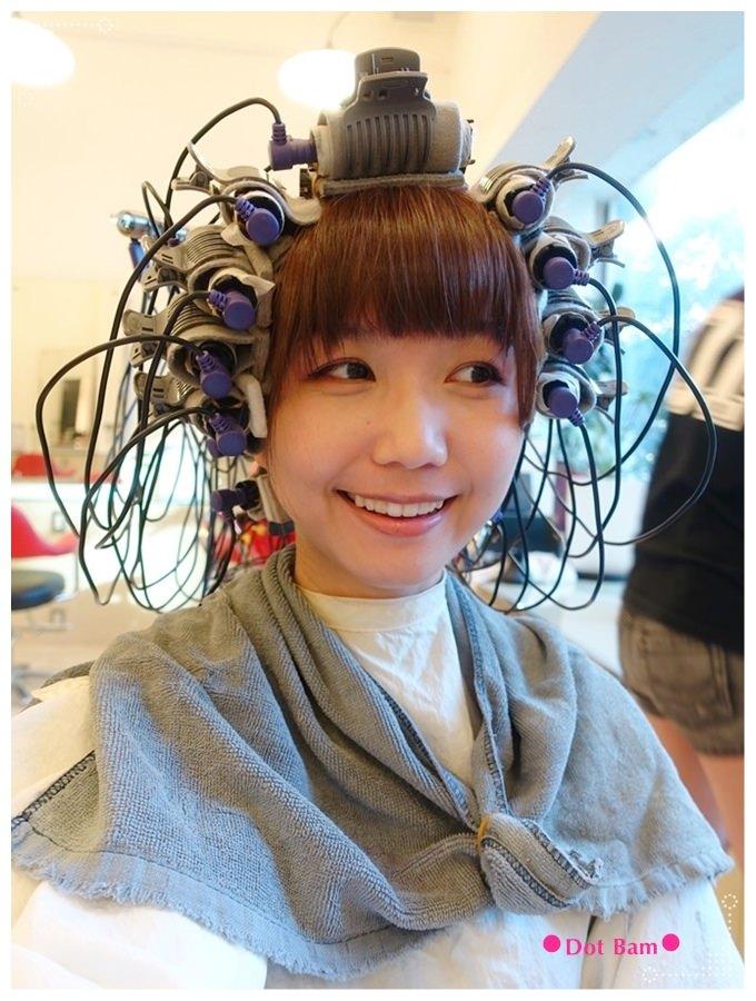 Pro cutti髮藝沙龍 燙捲過程 2.JPG