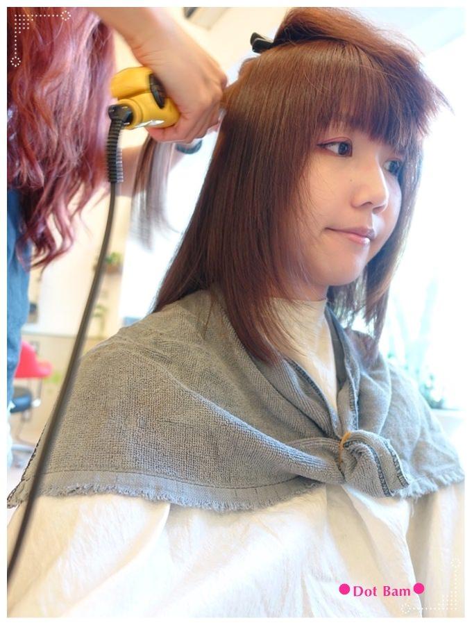 Pro cutti髮藝沙龍 燙直過程 2.JPG