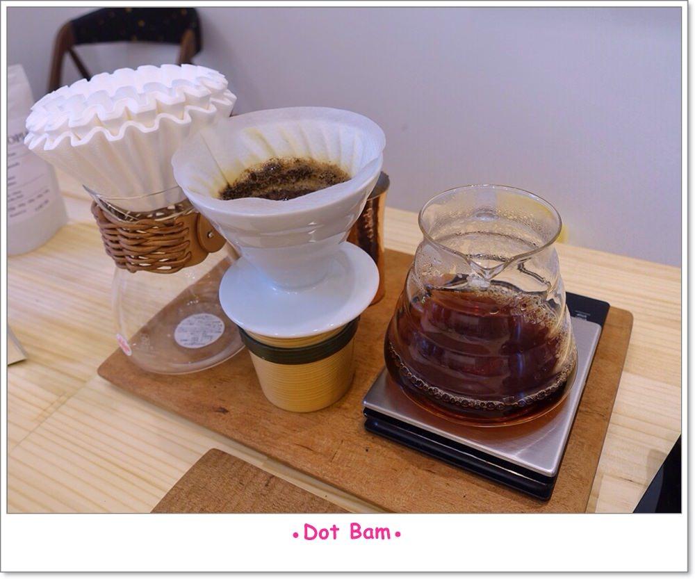 Moli衣裝●咖啡●日常 手沖 12.JPG