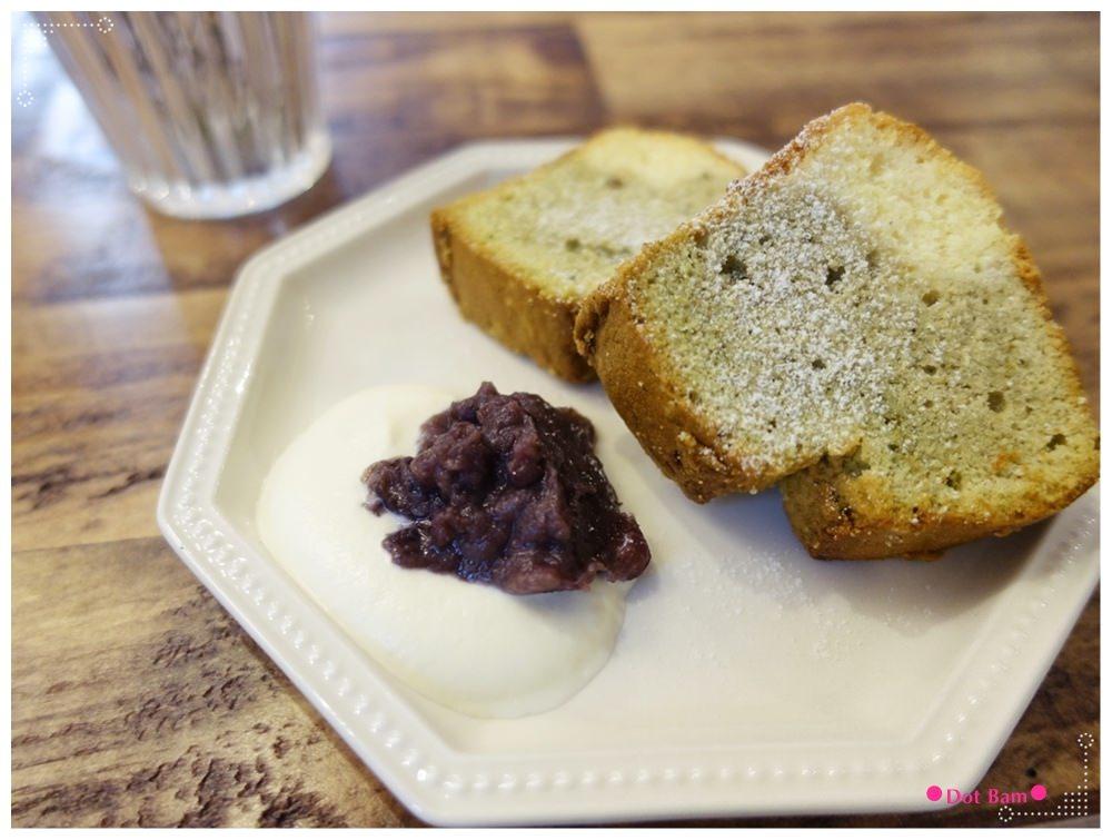 黑鳶 抹茶小山磅蛋糕 1.JPG