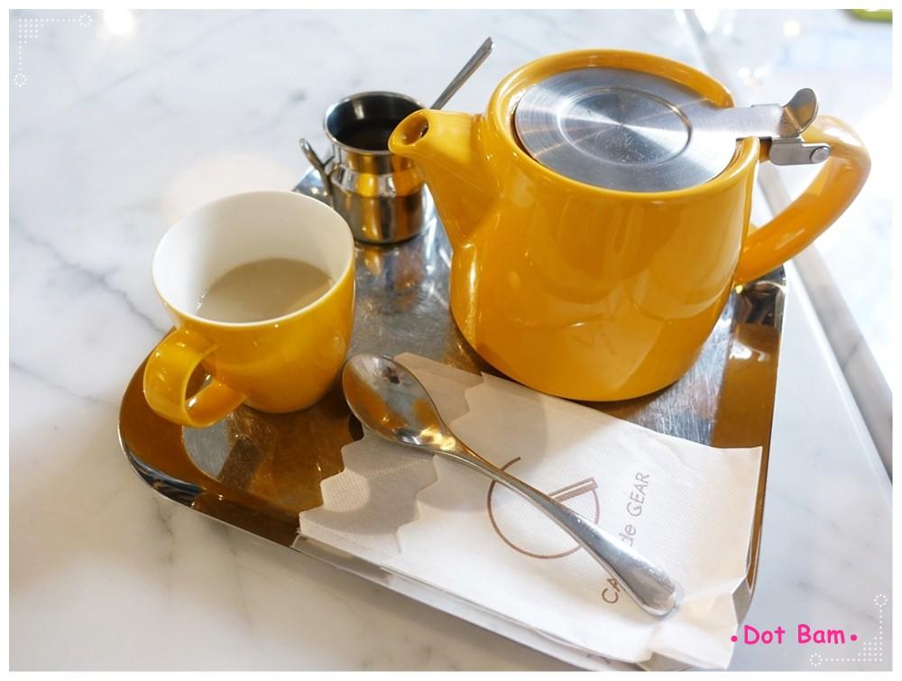 CAFE de Gear 錫蘭紅茶拿鐵 2.JPG