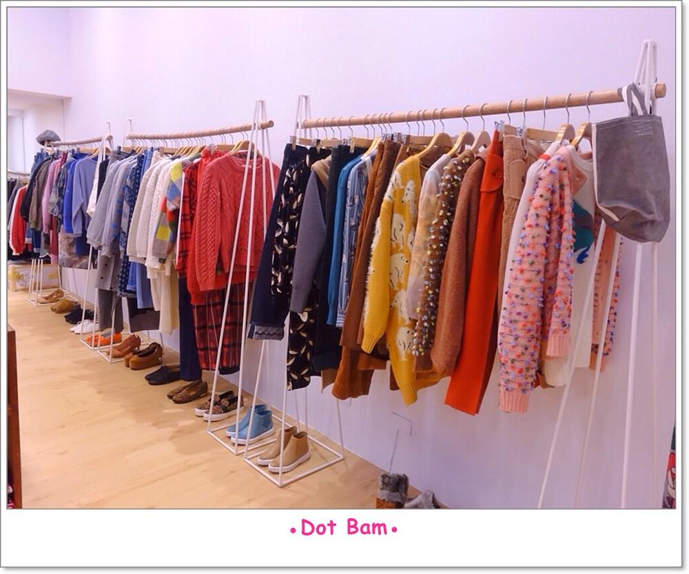 Moli衣裝●咖啡●日常 店內 4.JPG