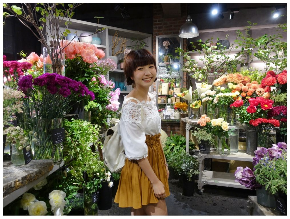 5895aoyamaflowermarket_dotbam.jpg