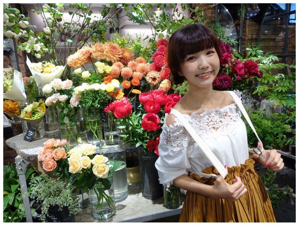 5892aoyamaflowermarket_dotbam.jpg