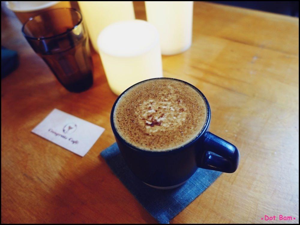 Congrats Café 黑糖拿鐵 2.JPG