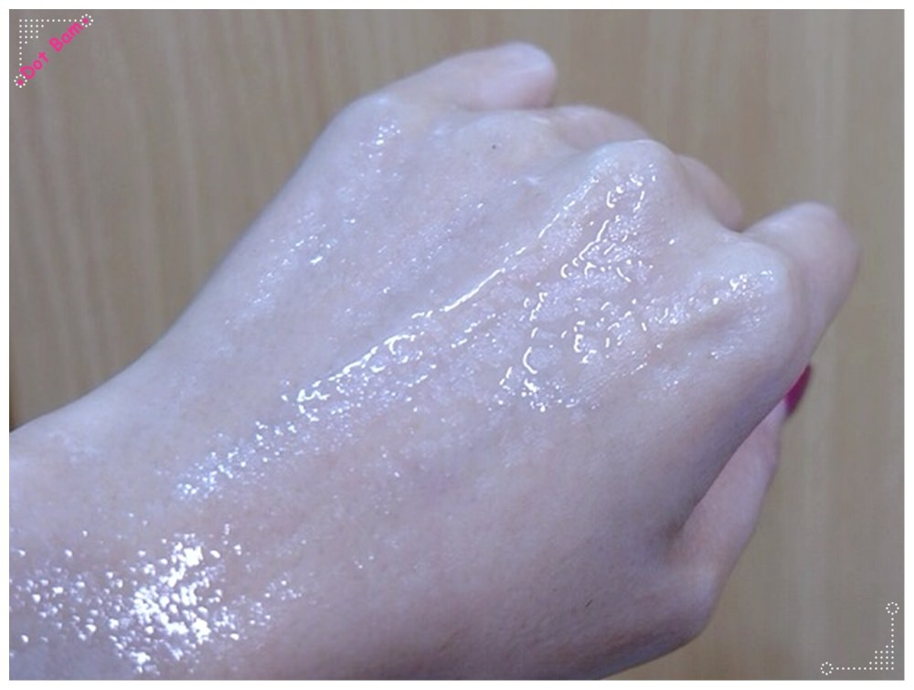 【保養 WIIB藍銅極潤晶羽絲面膜】敏感肌掰掰,輕鬆打造Q彈水潤肌 11.JPG