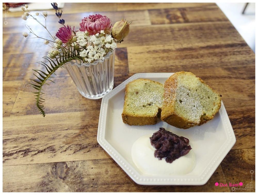 黑鳶 抹茶小山磅蛋糕 2.JPG