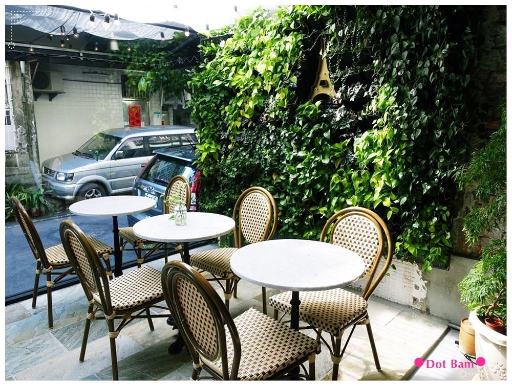任意門旅行風咖啡館Anywhere Cafe %26; Travel 法國巴黎 1.JPG