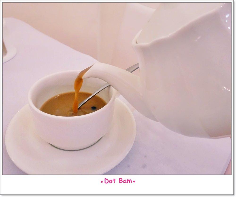 雨菓西餐 杭菊普洱珍珠鮮奶茶 2.JPG