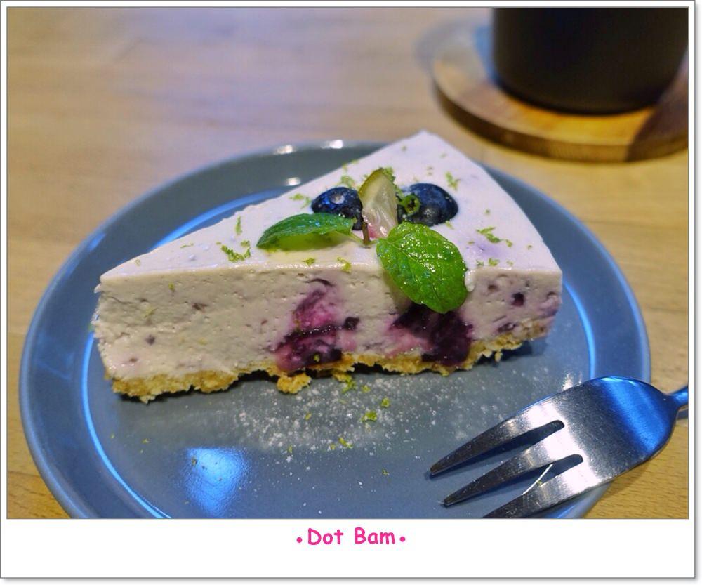 溫床NEST 藍莓生乳酪蛋糕.JPG