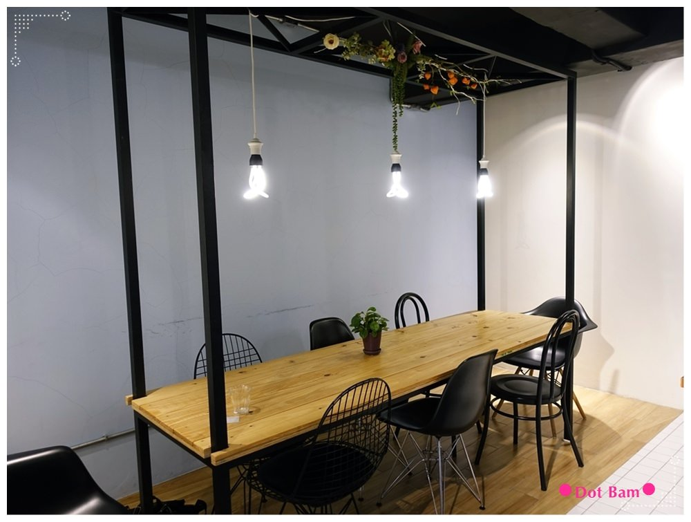 任意門旅行風咖啡館Anywhere Cafe %26; Travel 北歐 2.JPG
