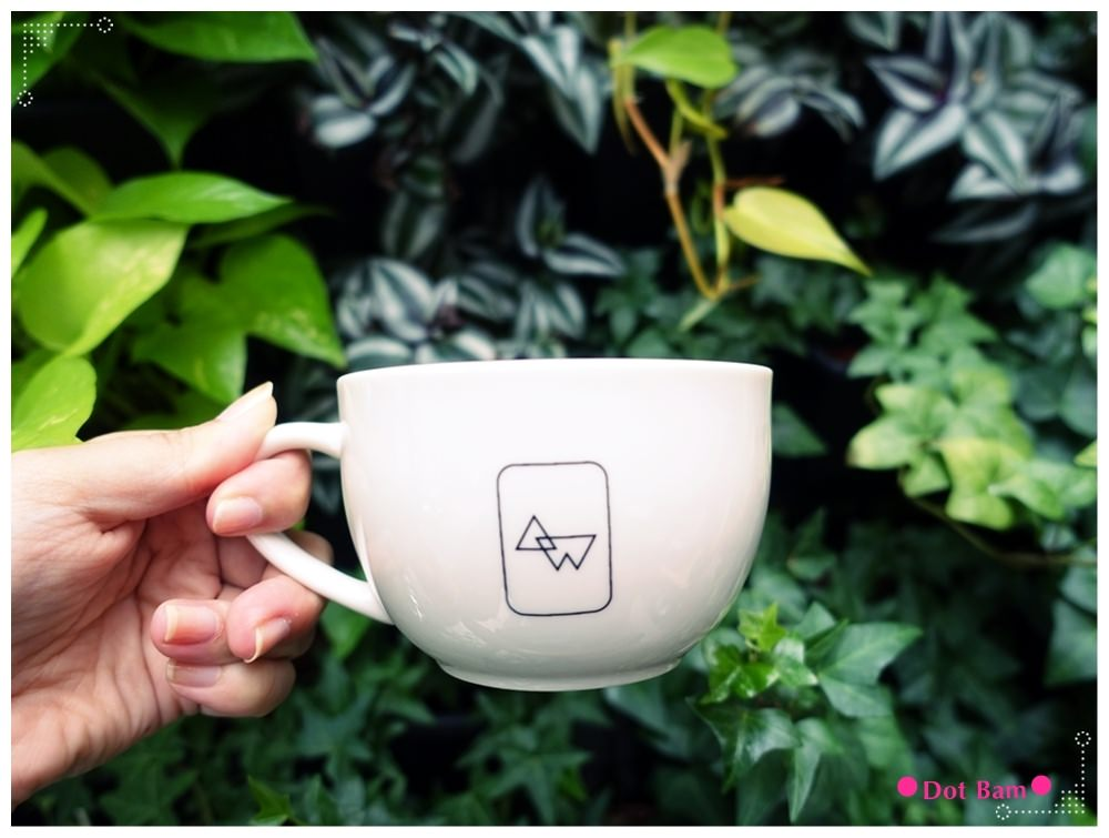 任意門旅行風咖啡館Anywhere Cafe %26; Travel 豆乳咖啡 2.JPG