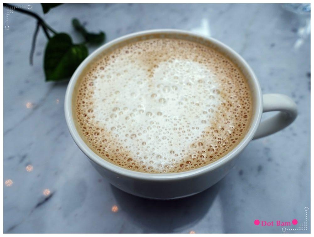 任意門旅行風咖啡館Anywhere Cafe %26; Travel 豆乳咖啡 1.JPG