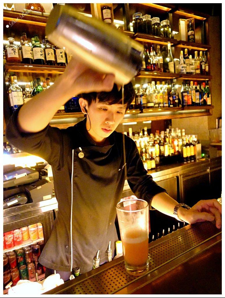 台北信義區酒吧|MARQUEE Taipei,爵士之夜配上驚艷調酒,都會下班後的放鬆酒吧推薦,捷運台北101:世貿站.JPG