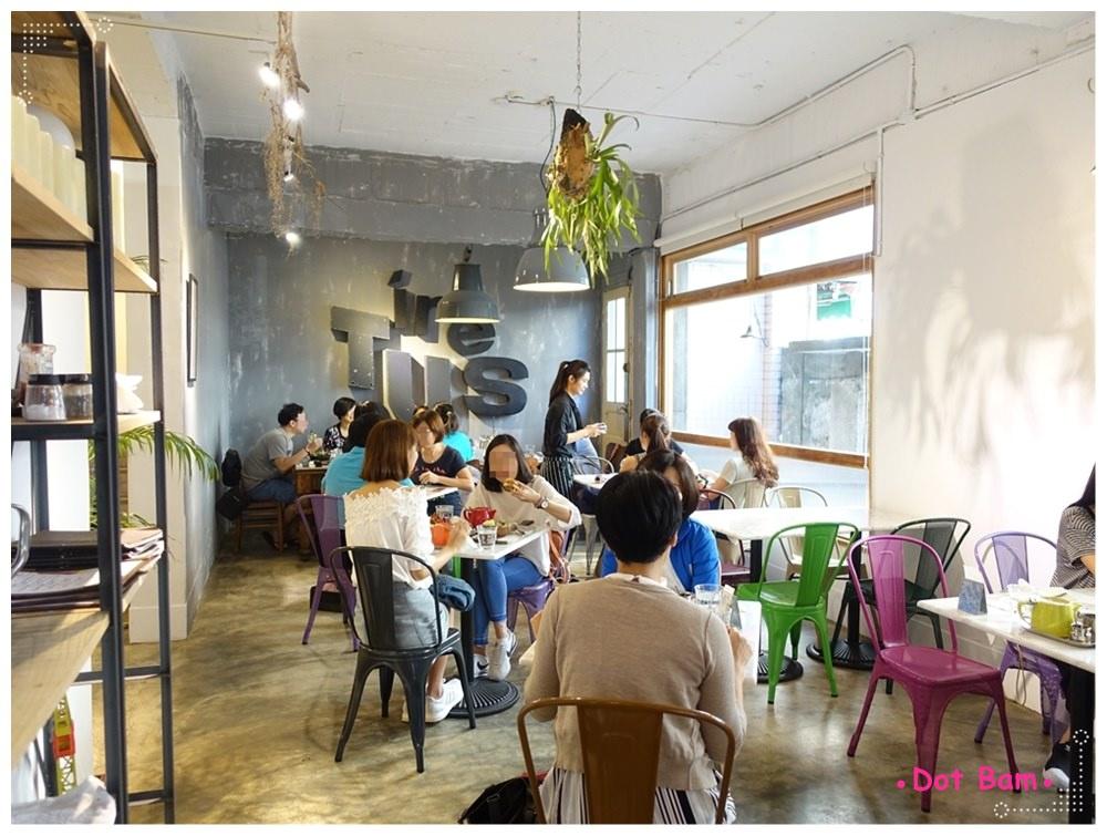 CAFE de Gear 環境 7.JPG