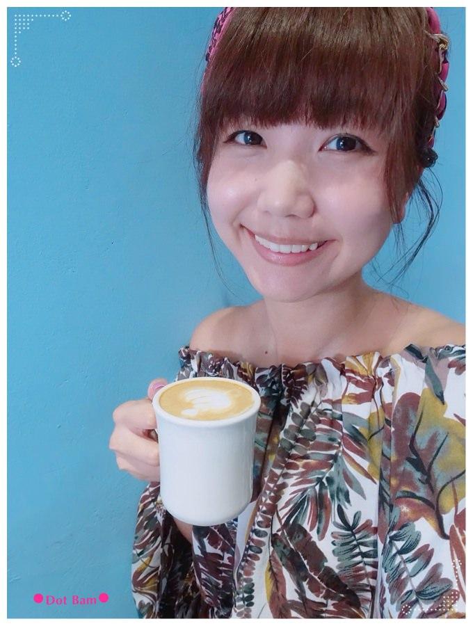 52HZ COFFEE BAR 卡布奇諾 2.JPG